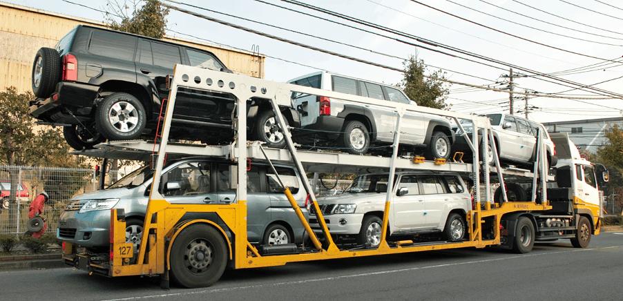 Auto's op trailer