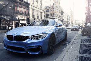 Nieuwe Blauwe BMW